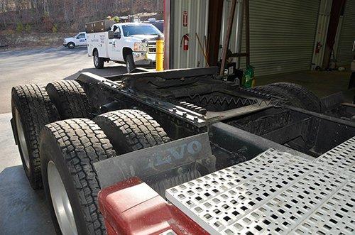 Mobile truck maintenance